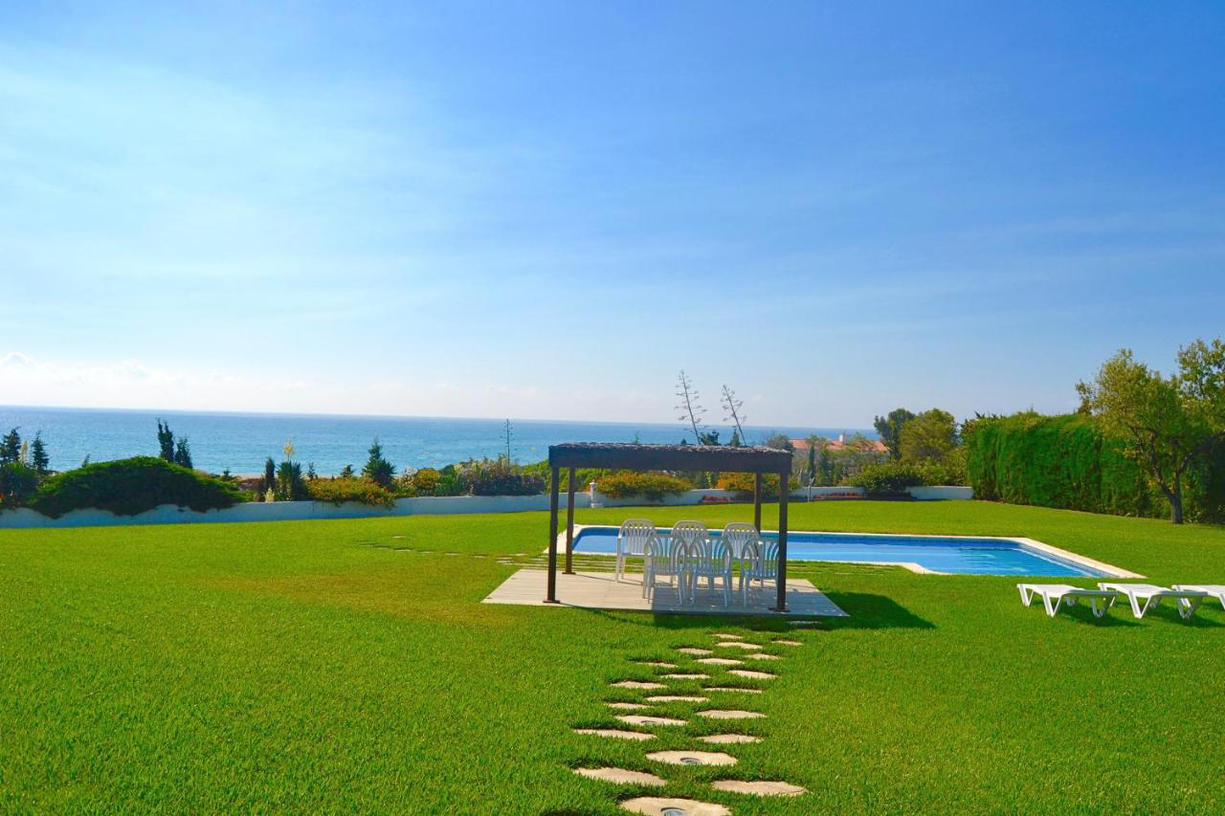 Villa -                                       Miami Playa -                                       6 bedrooms -                                       14 persons